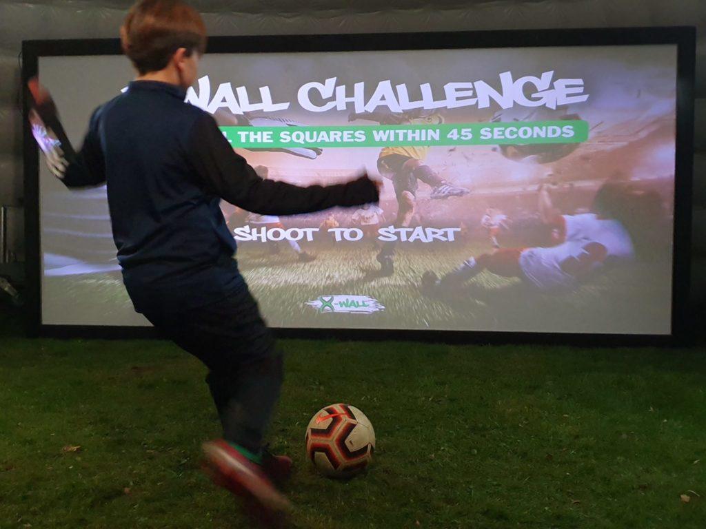 huur van de interactieve sportmuur X-Wall?
